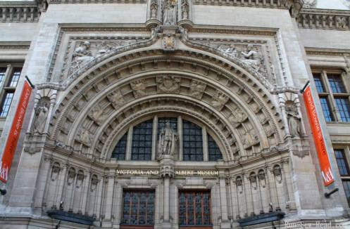 Victoria and Albert museum-w
