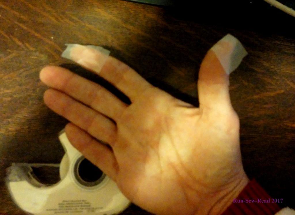tape-fingers-rsr
