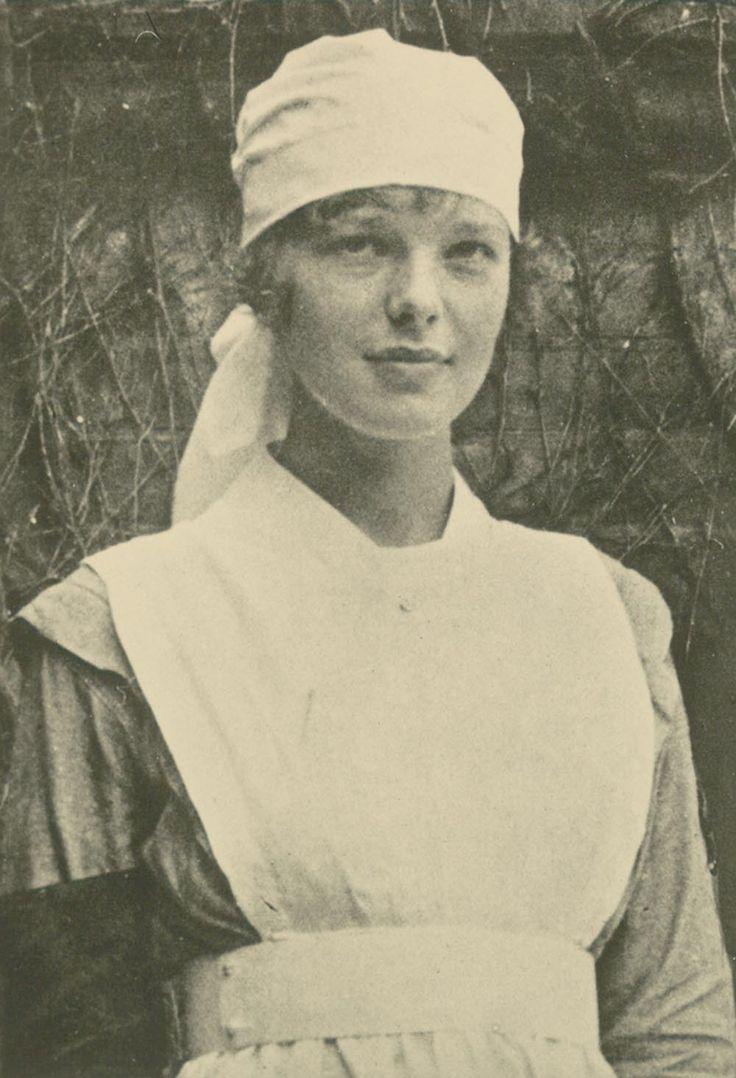 Amelia Earhart WWI nurse