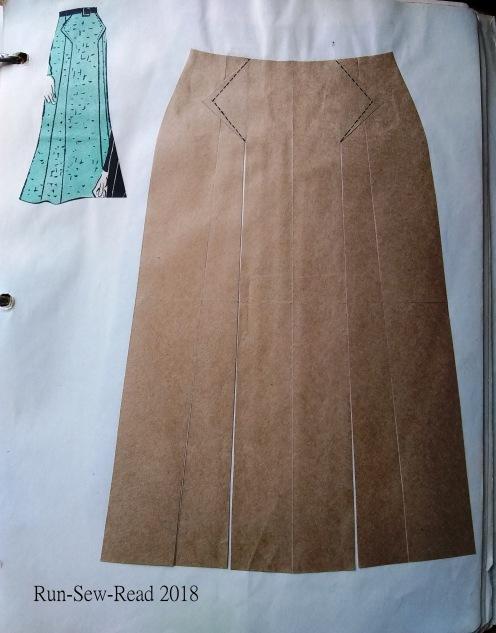 Flared skirt with v waist panel RSR